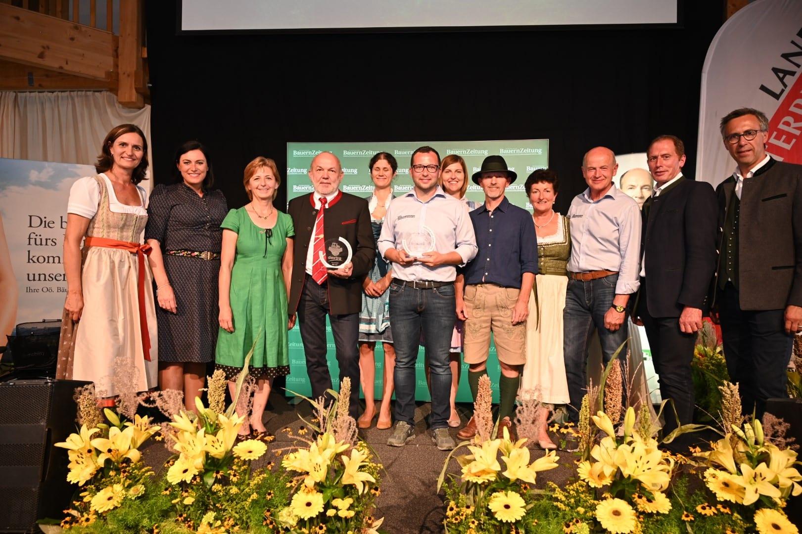 """Dextra Auszeichnung zum besten Landmaschinenhändler Österreichs 2019 in der Kategorie """"Große Betriebe"""""""