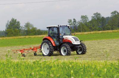 Traktor STEYR Kompakt S