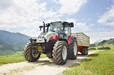 Traktor STEYR Kompakt